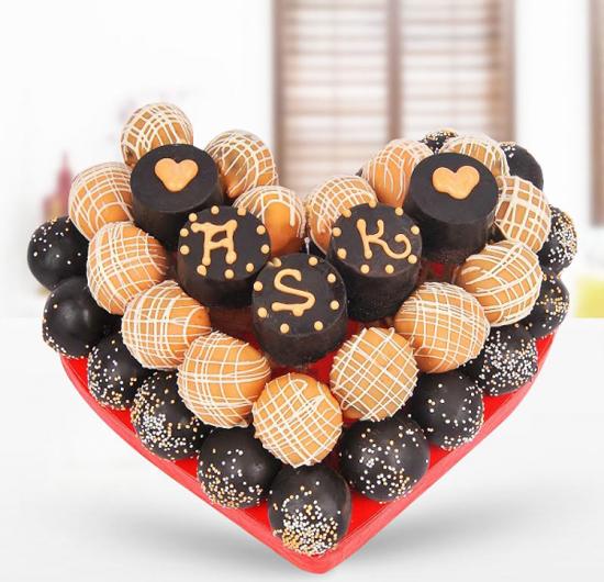 Aşık Kalp Kek Sepeti